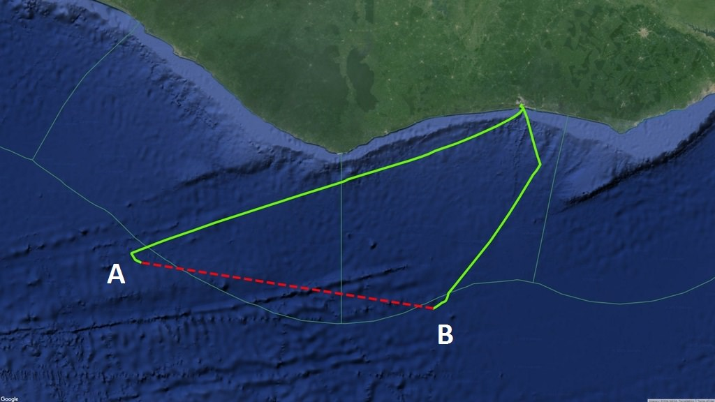 Continuous AIS signals broadcast by the purse seiner Egalabur indicated by green line