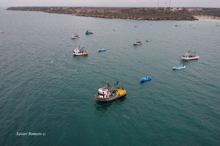 Fishing vessels in coastal Ecuador