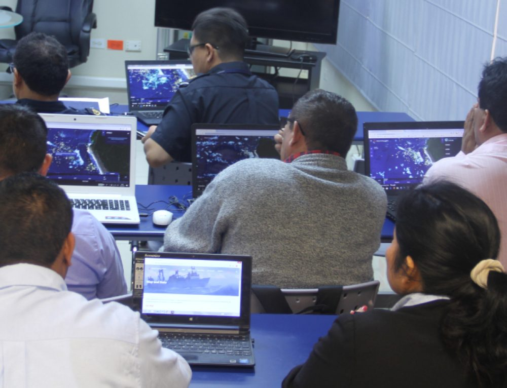 Global Fishing Watch holds workshops with authorities in Peru's three main fishing ports